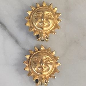 Vintage Gold Toned Sun Clip-On Earrings